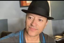 Elvis Crespo se une a otros artistas para Que Te Quedes en Casa
